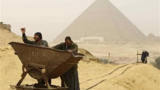 Egypt tombs suggest pyramids not built by slaves (Video)