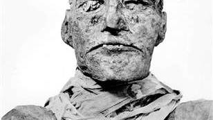 A mummy murder mystery is solved: King's throat was slit