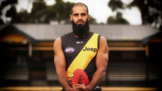 Australian Football League offers Muslim-only 'diversity' positions