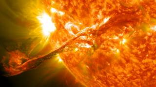Huge Solar Storm Could Wipe Out Modern Technology by 2020