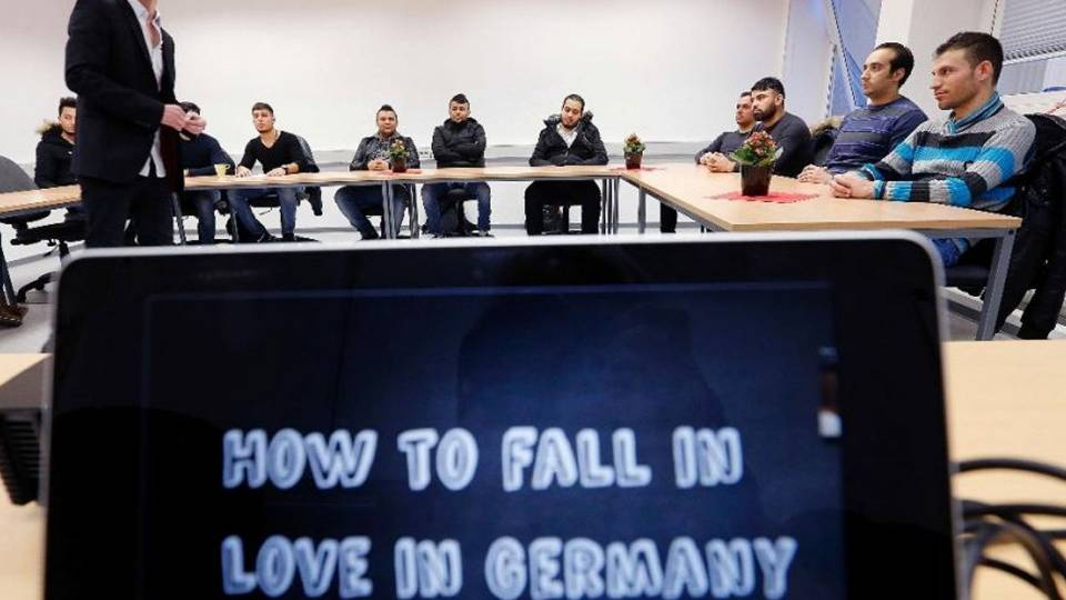 German Seminars Teach Migrants How To Attract Women And -2590