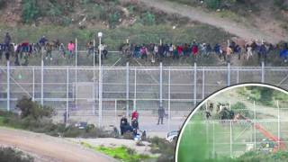 More Than 1,100 Migrants Fight Riot Police as They Storm Spanish Border