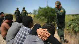 Illegals Urged to 'Fight Back' Against Immigration Officials