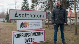Hungarian Town Wants Europeans