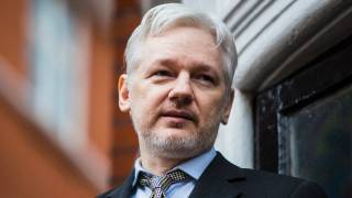 Assange Offers to Debunk Russia Narrative if Pardoned