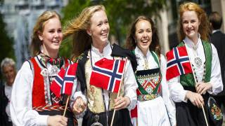 'Too White': Norway's New Government Grilled for 'Lack of Diversity'