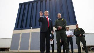 Trump Privately Presses for U.S. Military to Pay for Border Wall