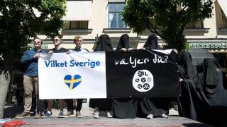 Successful Protest of Muslim Prayer Call by Alternative for Sweden in Växjö - Party Leader Reported to the Police
