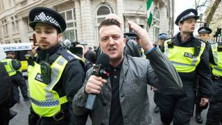 Tommy Robinson Arrested While Covering Grooming Gang Trial, UK Gov Silences Press with Gag Order